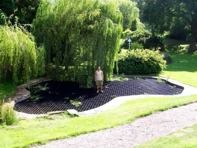 Pond safety systems, SAFADECK pond grid